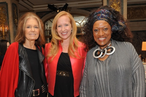 Prominent New York Philanthropists Raise Over a Quarter of a Million Dollars at S.L.E. Lupus Foundation's 5th Annual NY Bag Ladies Luncheon
